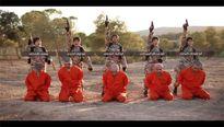 IS tung video binh sĩ nhí hành quyết tù nhân người Kurd