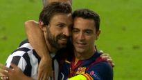 Đội trẻ Barca gây sốt với hành động an ủi cầu thủ đối phương
