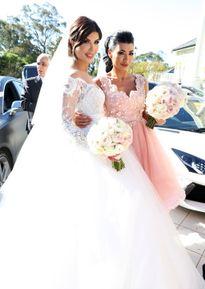 Tận mục đám cưới vô cùng xa xỉ của em gái triệu phú Úc