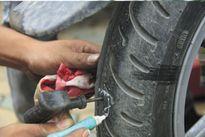 Săm mà rách hỏng lốp nằm với ai