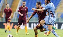 Totti ghi bàn ở phút 93, giúp Roma thắng ngược