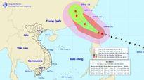 Siêu bão trên Biển Đông giật trên cấp 17