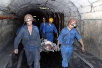 3 công nhân bị vùi lấp sau sự cố bục nước đường lò