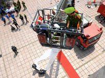 Trình diễn kỹ năng mềm, thiết bị phòng cháy chữa cháy và cứu hộ cứu nạn tại Hà Nội