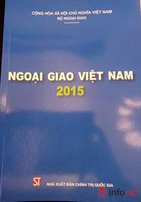 Việt Nam lần đầu tiên ra Sách Xanh ngoại giao