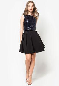 Chọn mua hàng trực tuyến để sở hữu những chiếc đầm thời trang hot nhất