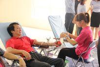 Hơn 600 CBCNV Hapro tham gia 'Giọt máu hồng yêu thương 2016'