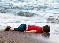 Nhà tiên tri Vanga: 'Hồi sinh từ cát bụi' và những lời tiên tri rung chuyển thế giới