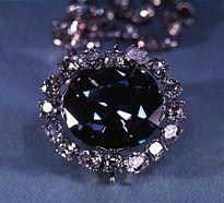 Giải mã bí ẩn lời nguyền chết chóc của viên kim cương đẹp nhất thế giới