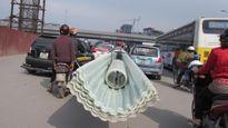 'Xe thần chết' ngang nhiên trên phố: An toàn giao thông là trên hết