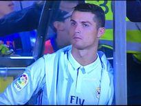 Cay cú vì bị thay khỏi sân, Ronaldo chửi Zidane là 'thằng chó đẻ'?