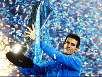 """Djokovic """"leo núi"""" cuối năm: Khó khăn ngoài dự kiến"""