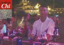 Ronaldo vẫn đang hẹn hò với siêu mẫu nóng bỏng Cristina Buccino