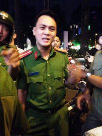 Thiếu úy Công an bị đình chỉ: Người bán hàng rong lên tiếng