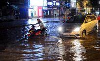 Nhiều khu vực có mưa, đề phòng tố lốc, gió giật
