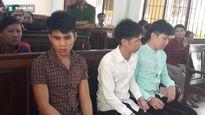 3 côn đồ truy sát, đánh đập người vô tội vì không tìm được người
