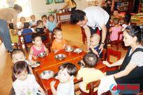 Lãnh đạo TX Kỳ Anh kiểm tra đột xuất bếp ăn bán trú trường học