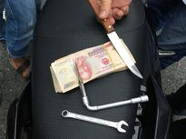Truy bắt đối tượng trộm dùng dao chống trả quyết liệt Công an