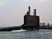Tàu ngầm hạt nhân Nga - Mỹ: Kẻ tám lạng, người nửa cân