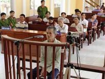 Cụ ông U70 lãnh 20 năm tù vì cuồng ghen
