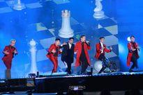 Fan 'choáng váng' trước sân khấu nhiều sao khủng nhất Kpop 2016