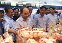 Thủ tướng không nhận 'quà biếu' của chủ tiệm chả giò