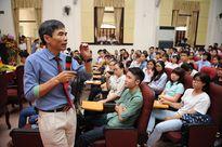 TS Lê Thẩm Dương lưu ý sinh viên khi đi làm thêm