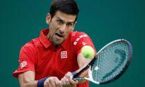 Djokovic vượt khó, vào bán kết Thượng Hải Masters