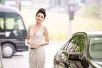 Á hậu Huyền My khoe vòng một quyến rũ với váy tua rua xuyên thấu