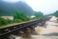 Cảnh báo: Lũ tiếp tục lên, vùng núi Hà Tĩnh, Nghệ An đề phòng lũ quét và sạt lở đất