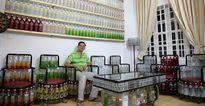 Độc đáo ngôi nhà ở Sài Gòn có nội thất hoàn toàn làm từ chai lọ