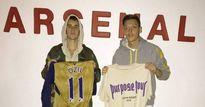 Sao Arsenal hào hứng với Justin Bieber