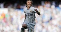 Nóng: Real trói chân thành công Modric đến 2020