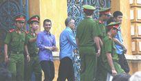 Các bị cáo vụ xét xử 28 công chức Hải quan đều phản cung