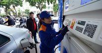 Xăng tiếp tục tăng gần 450 đồng/lít