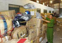 Đà Nẵng: Phát hiện 40 tấn hàng vô chủ