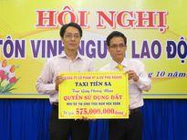 Đà Nẵng: Taxi Tiên Sa hỗ trợ 1 lô đất cho vợ con tài xế bị sát hại