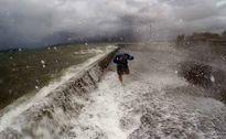 Ít nhất 7 người chết khi siêu bão Haima ập vào Philippines