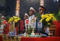Nước mắt tiễn đưa 3 phi công EC-13008 hi sinh