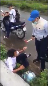Xôn xao đoạn clip nam sinh đánh bạn dã man bằng búa