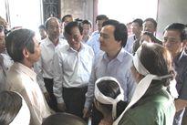 Bộ GD&ĐT trao gần 1,5 tỷ đồng cho ngành giáo dục miền Trung