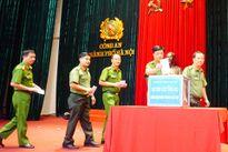 Hà Nội ủng hộ đồng bào miền Trung gần 8 tỷ đồng