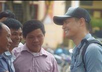 Tại sao nghệ sĩ Việt đi làm từ thiện cũng bị chửi?
