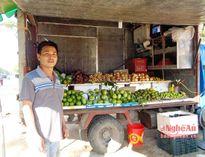 'Mua tận gốc, bán tận ngọn' từ xe trái cây di động