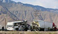 Tai nạn xe buýt du lịch, 44 người thương vong