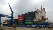 Tàu container đầu tiên vào Tân cảng-Cái Cui ở Cần Thơ