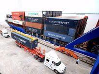 Cần Thơ tiếp nhận chuyến tàu container đầu tiên