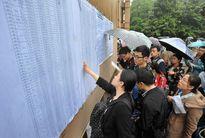 Gần 10.000 người Trung Quốc cạnh tranh suất lễ tân nhà nước