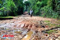 Di dời dân vùng ngập lũ Hương Khê: Còn đó những khó khăn