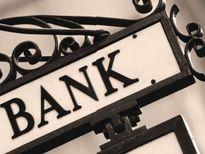 Nếu cho phá sản ngân hàng, cần chú ý gì về quyền lợi người gửi tiền?